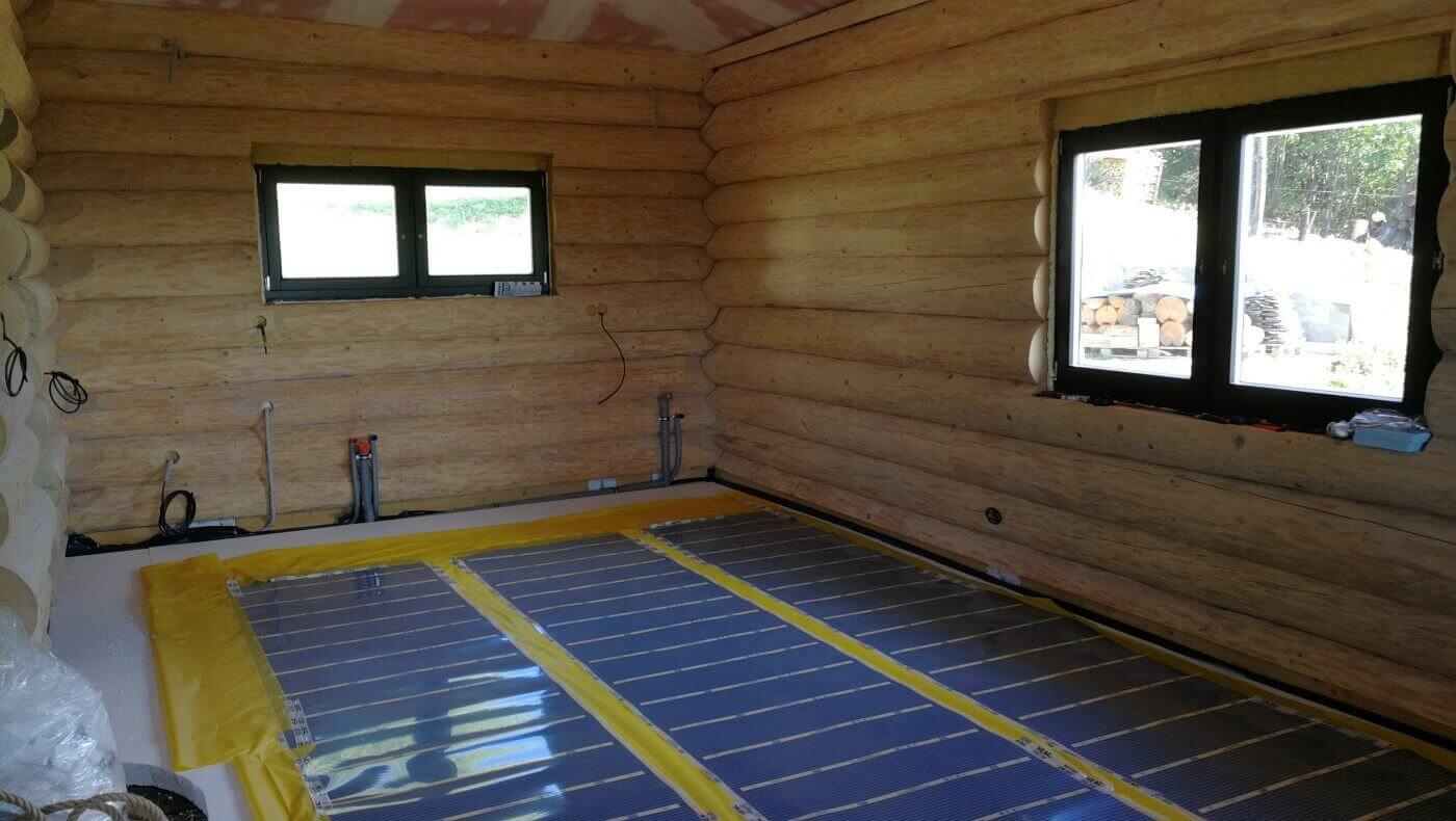 Topná fólie - podlahové vytápění chaty